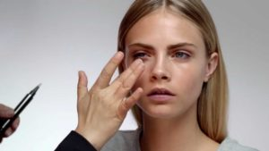 festival-look-burberry-beauty-tutorial